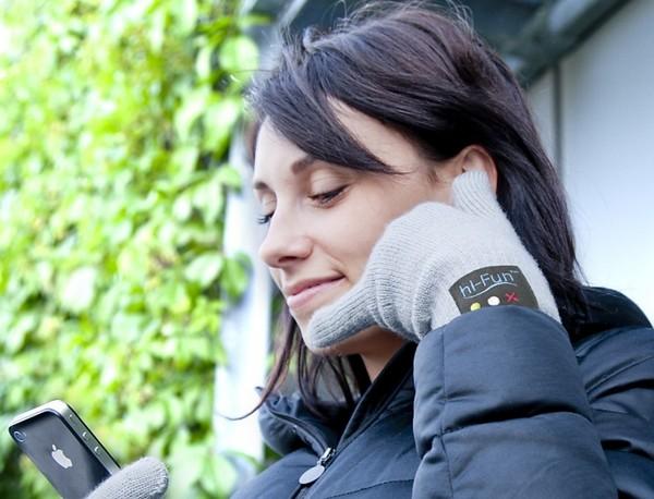 Bluetooth Gloves – перчатки для зимних разговоров по телефону