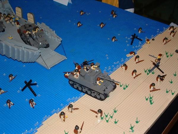 Высадка в Нормандии из LEGO
