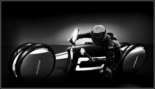Мотоцикл в стиле арт-деко с полным приводом