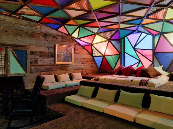 Уникальная комната в 21c Museum Hotel от нью-йоркских дизайнеров.
