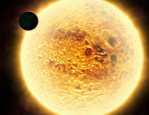 WASP-12b. Самая горячая планета.