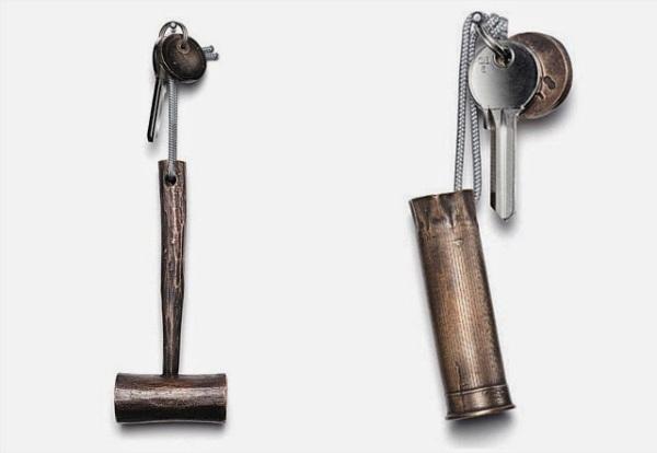 Уникальные брелоки для гостиничных ключей.