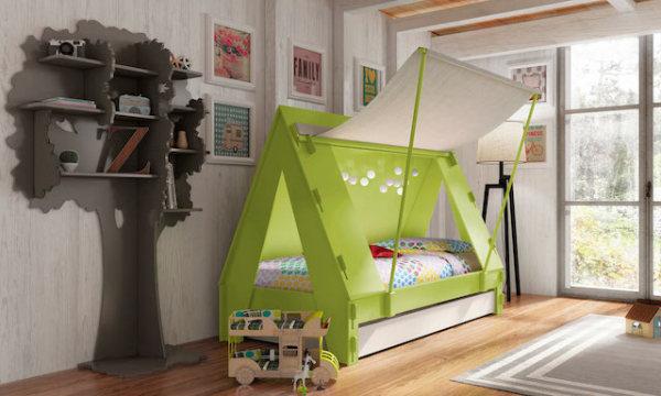 Кровать-палатка от Mathy by Bols для маленьких любителей приключений.