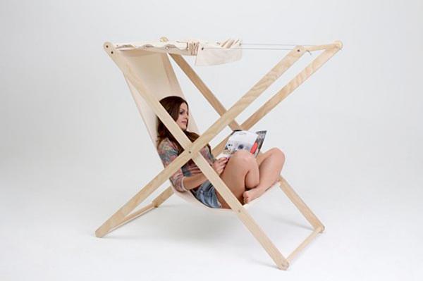 Удобное кресло-гамак с регулируемым навесом.