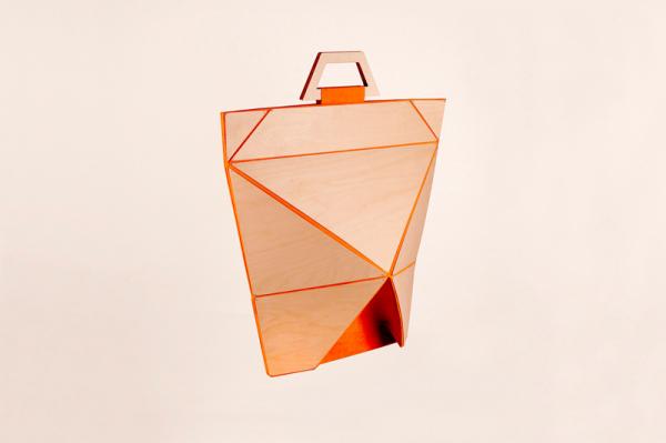 Сумка-оригами из кленового шпона и ткани.