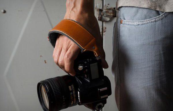 Наручный ремень для фотокамеры коллекции Heritage.