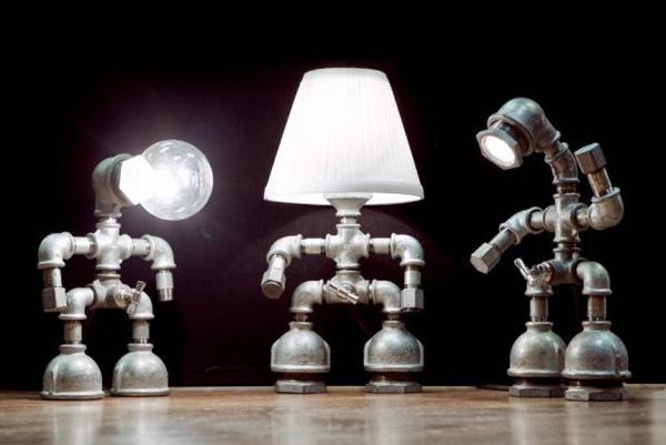 Handmade лампы из водопроводных труб и фитингов.