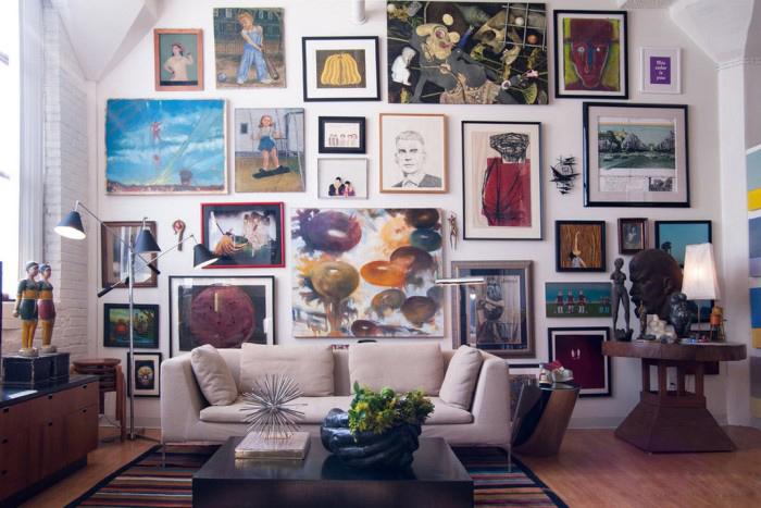 Картины - это то, что придает дому индивидуальность и служит напоминанием о хороших временах.