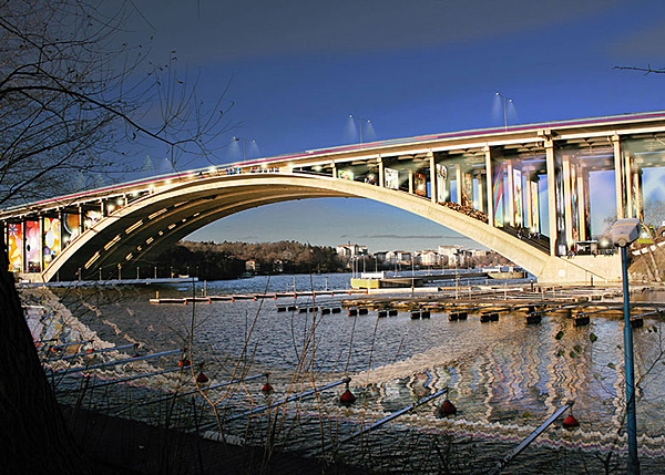 Under the Bridge. Концепция пешеходной зоны на уже существующем мосту.