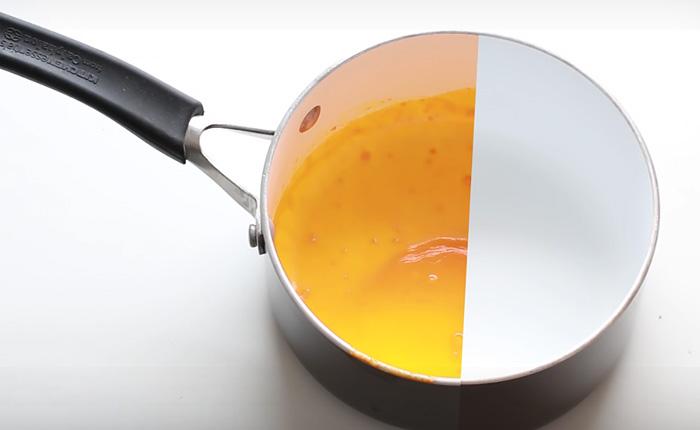 Очистить кастрюлю или сковороду от