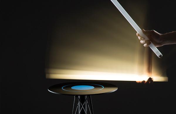 Экспериментальный электромагнитный стол.