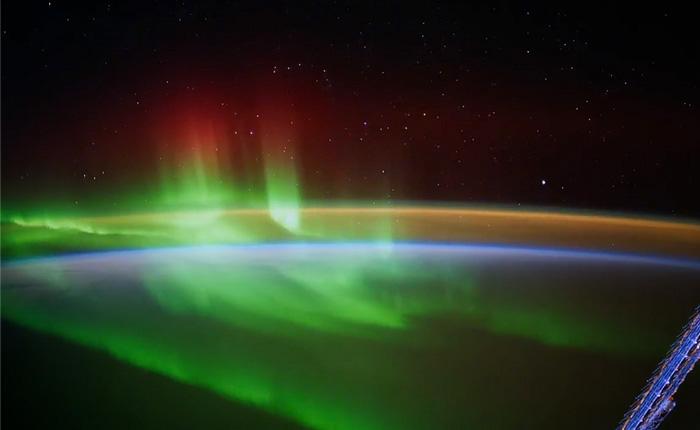 Земля из Космоса. Невероятно красивое таймлапс видео.