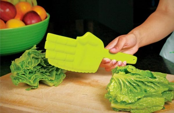 Кухонный нож для поклонников восточных единоборств.