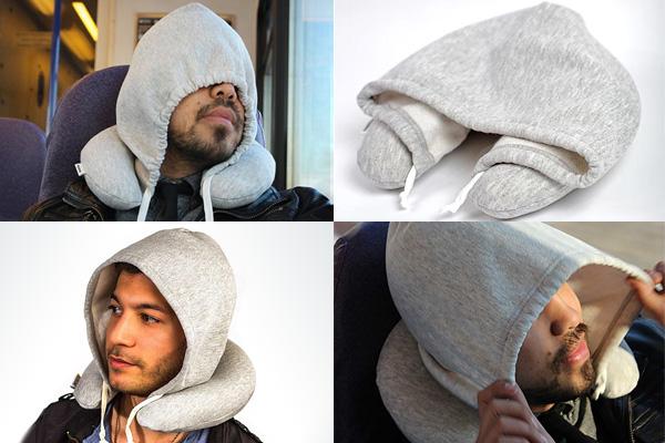 Подушка-толстовка Travel Hoodie Pillow, для тех, кто любит путешествия.