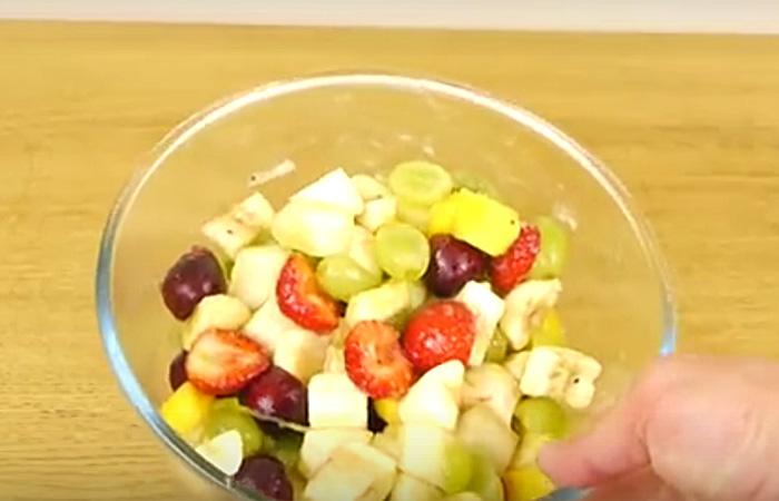 Самый простой и быстрый фруктовый салат.