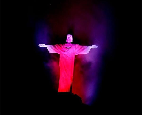 Статуя Христа. Рио-де-Жанейро.