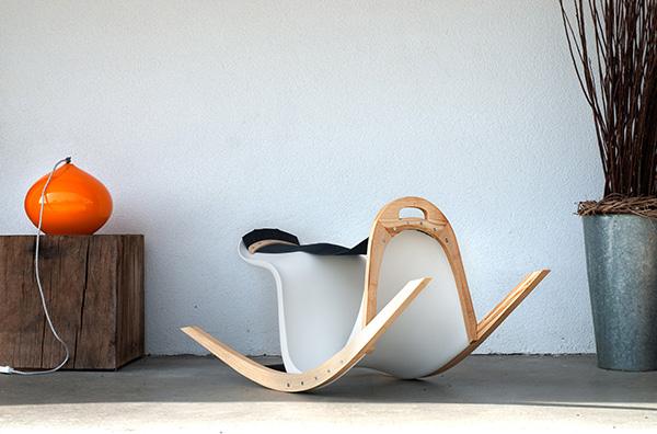 Кресло-седло для современных ковбоев.