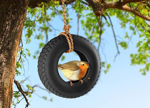 SwingTime - кормушка для птиц и белок.