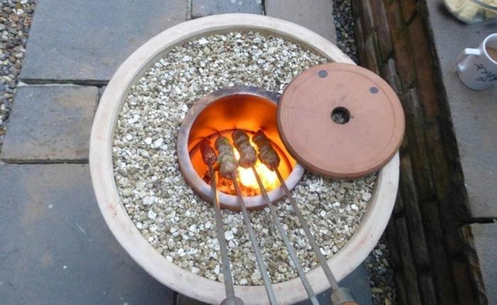 Самодельная тандырная печь идеальна для дачи и загородного дома.