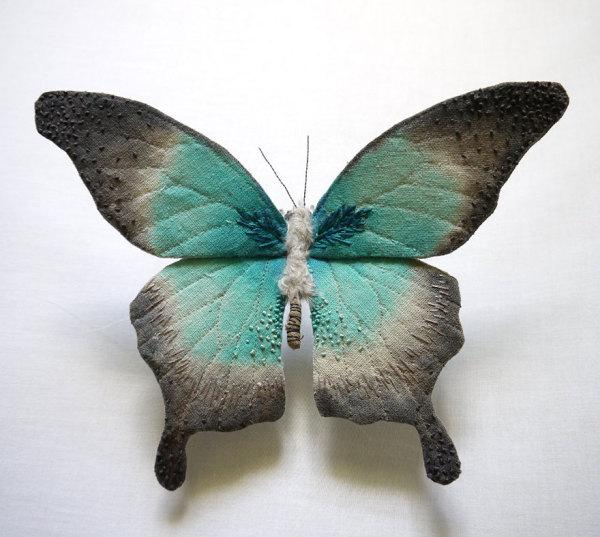 Необычайная вышивка насекомых.