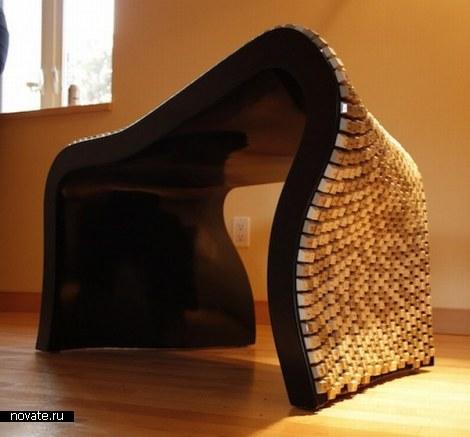 Стул из клавиатуры Wolfgang Keyboard Bench