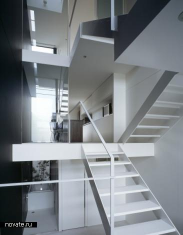Жилой дом A House in Showa-cho от FujiwaraMuro Architects в Японии