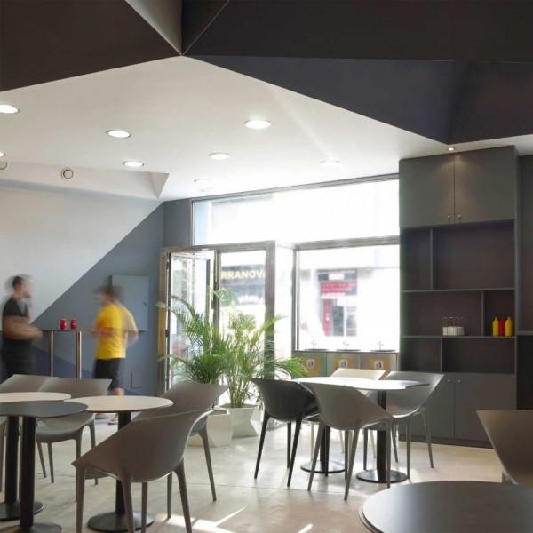 Интерьер испанского ресторана Ara Pizza от Sant Quirze