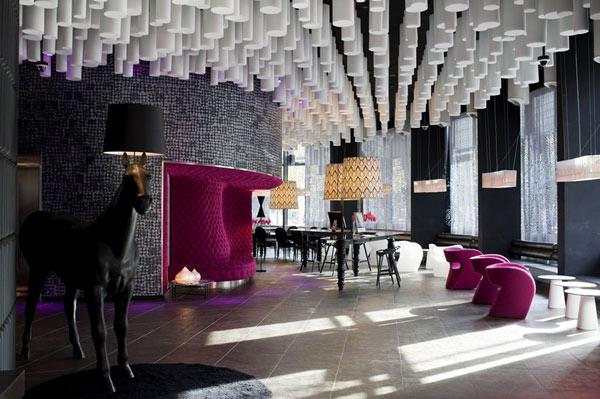 Интерьеры отеля Hotel Barcelo Rava в Барселоне (Испания)