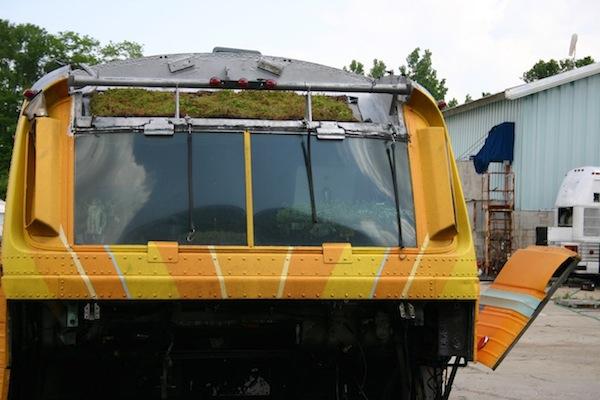 Первый в мире автобус с «зеленой крышей». Эко-проект Bus Roots для Нью-Йорка