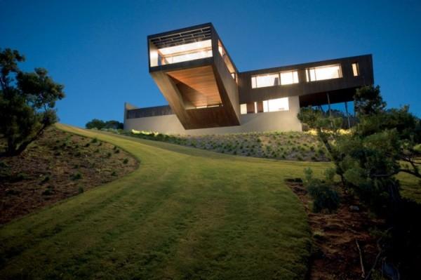 Дом, построенный по проекту австралийской архитектурной студии Jackson Clements Burrows (JCB)...
