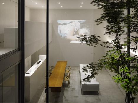 Cube Court House – замкнутый в себе, но открытый миру японский дом