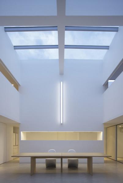 Cube House –  жилой дом от Shinichi Ogawa & Associates в Японии