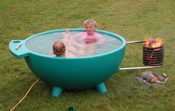 Dutchtub – мобильная «горячая ванна» от Floris Schoonberbeek