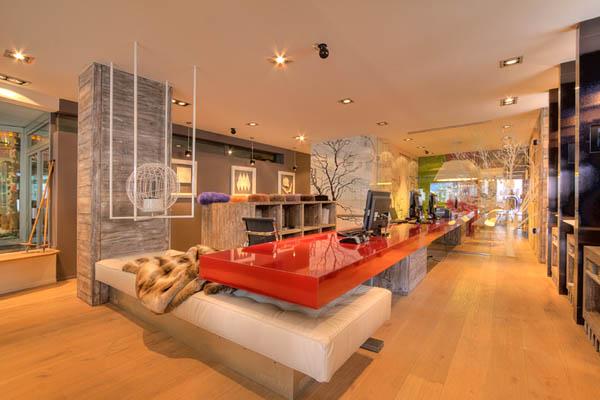 Торгово-выставочный зал компании Fabbian Illuminazione в Швейцарии