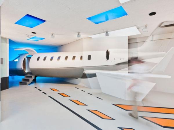 Креативный интерьер Flight Simulation Center от Бориса Банозича (Boris Banozic)