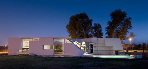 Вилла Fyf Residence от Patterns в Аргентине