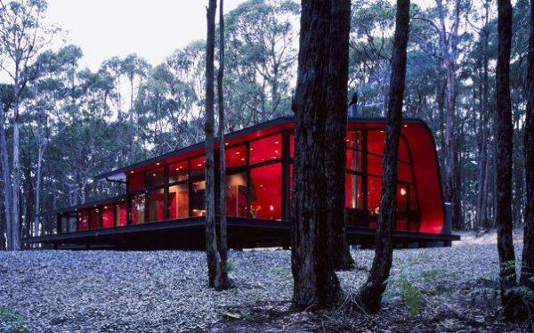 Holiday House – лесная вилла от Джесси Джадда (Jesse Judd)