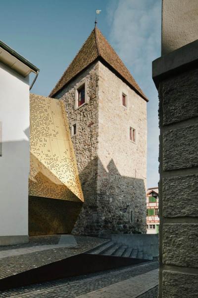 Новое здание Rapperswil-Jona Municipal Museum от :mlzd Architects