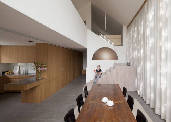 Office and Residence – современная реконструкция старинного швейцарского здания 18 века