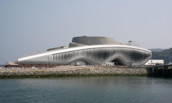 Здание тематического павильона на EXPO 2012 (Йосу, Южная Корея)