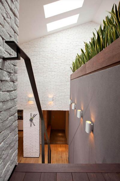 Природная палитра цветов в креативном лофте от болгарских архитекторов