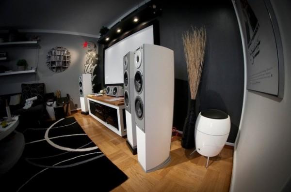 Massive Home – однокомнатная квартира-студия для современного студента