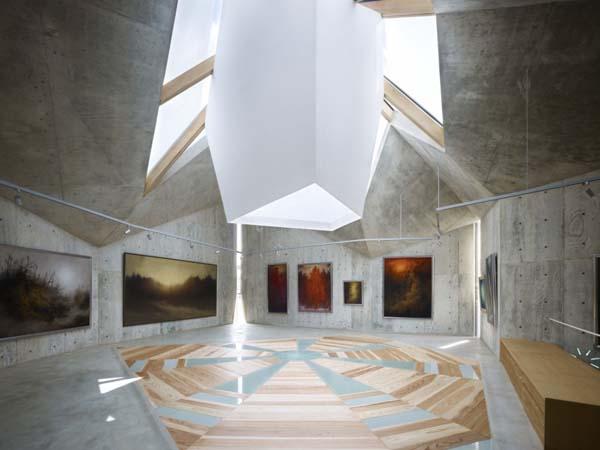 Mecenat Art Museum - креативная архитектура музея картин японского художника