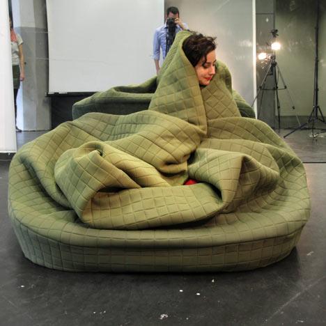 Moody Nest - креативный диван от Ханны Эмели Эрнстинг (Hanna Emelie Ernsting)