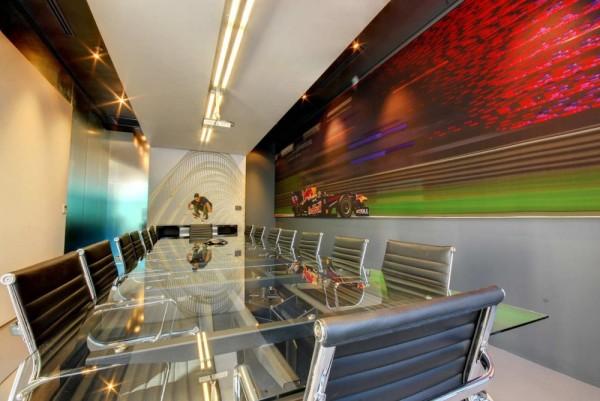 Интерьеры штаб-квартиры компании Red Bull в Кейп-Тауне