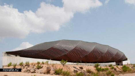Остановленное строительство здания Relaxation Park в Испании