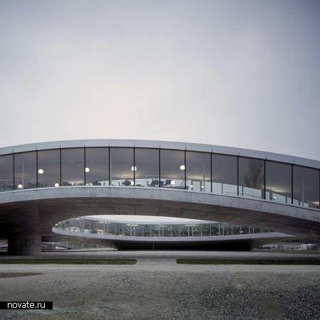 Rolex Learning Centre - новое здание учебного центра  университета EPFL в Швейцарии