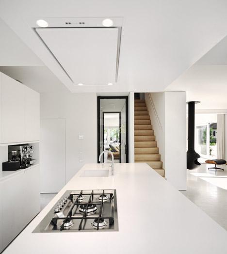 SH House - проект расширения старинного дома в Нидерландах