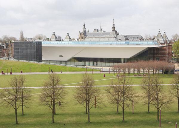 Обновленный музей Stedelijk Museum в Амстердаме