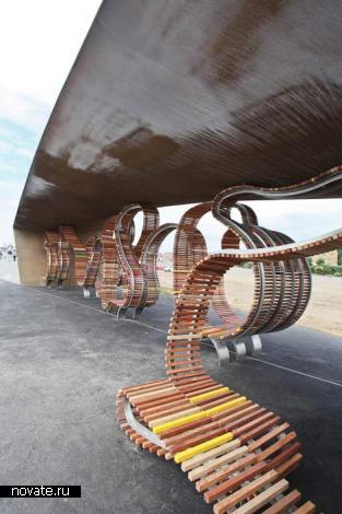 Longest Bench - самая длинная мире уличная скамья от британцев из Studio Weave